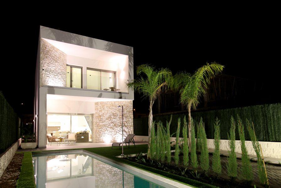 New Build Detached Villas