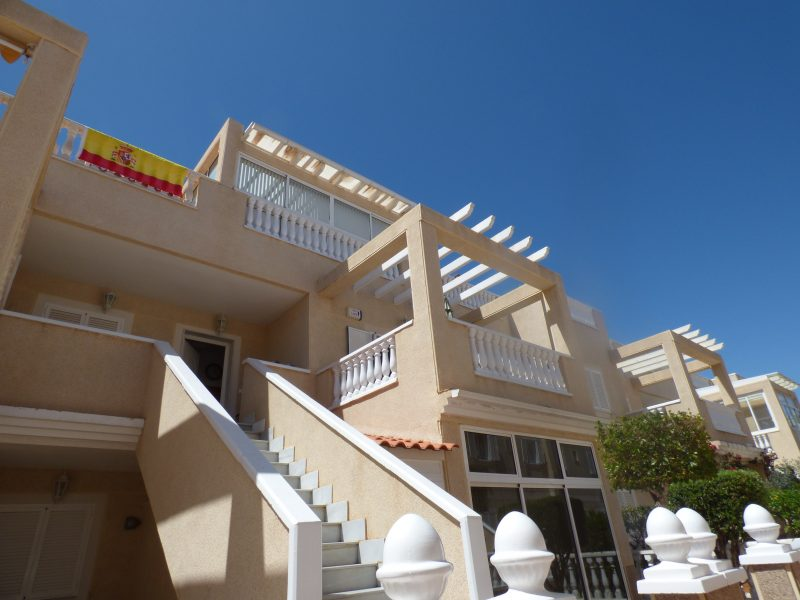 1st floor apartment Zeniamar