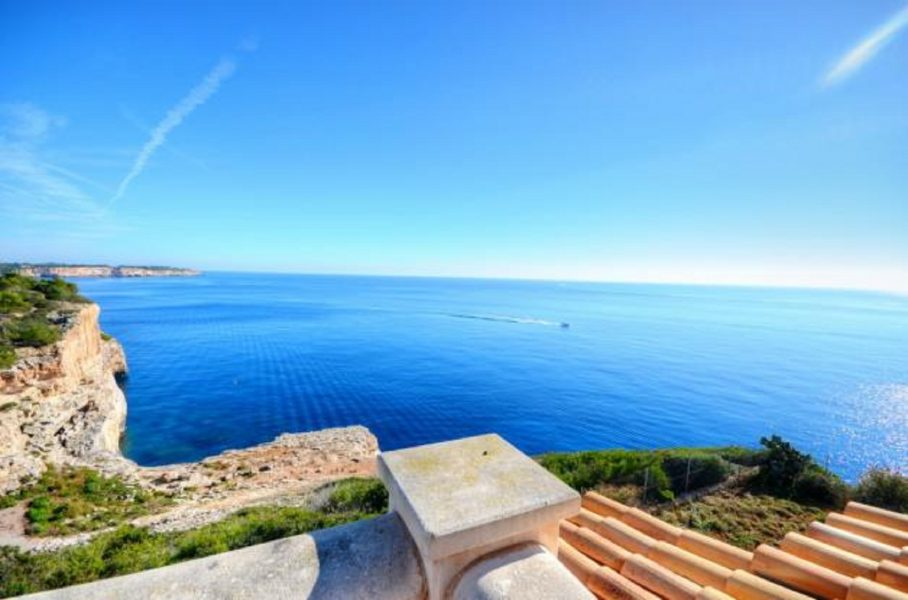 Sea front property in the southeast of Majorca