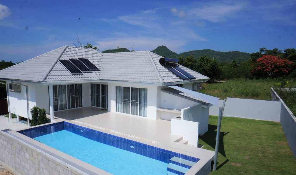 New modern bright, Eco-friendly Pool Villas in Hua Hin