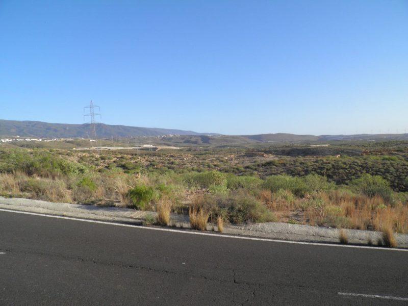 Terreno rústico a pocos metros de la autopista Tenerife-1 en