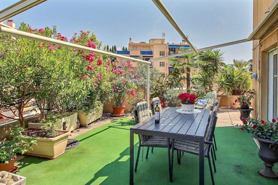 Vacker lägenhet med stor terrass - Menton