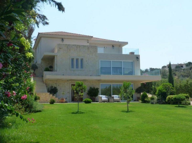 Lyxig villa i hjärtat av Grekland