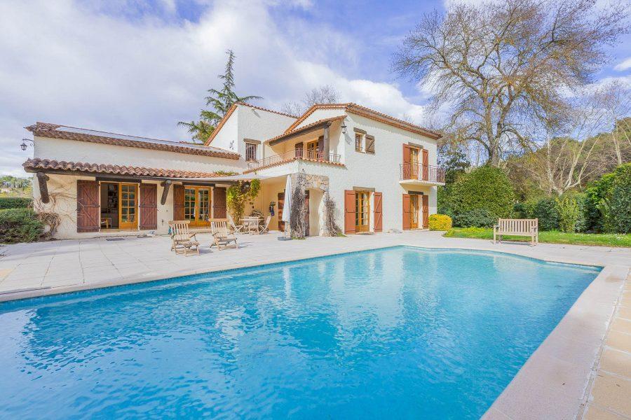 Vacker provencalsk villa