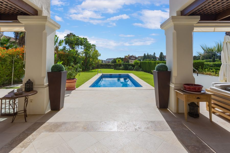Marbella, Golden Mile: 6 bedroom Villa