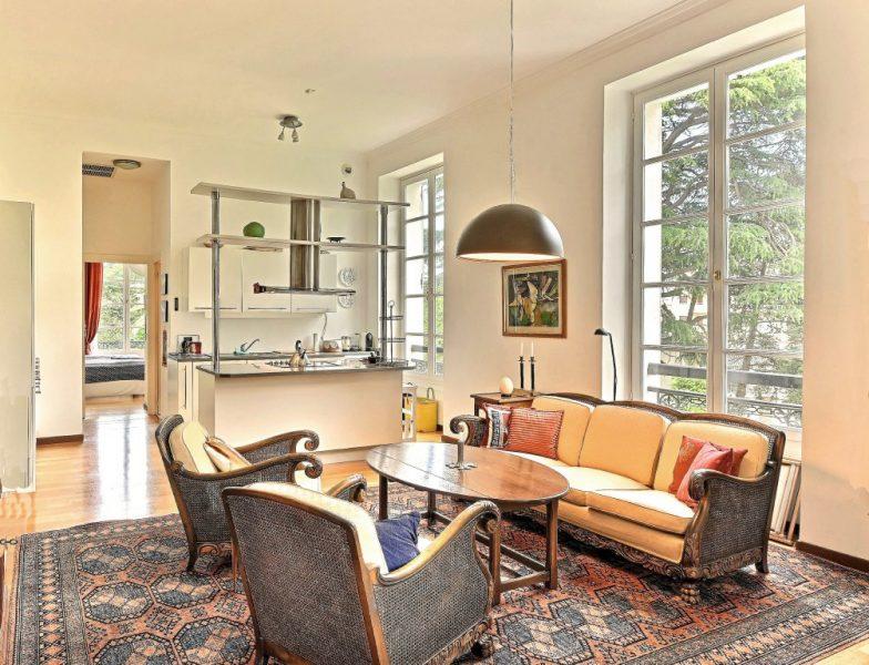 Lägenhet i slott- Cannes croix des Gardes
