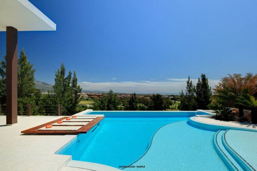 Marbella: Luxury designer Golf home, with fabulous sea views