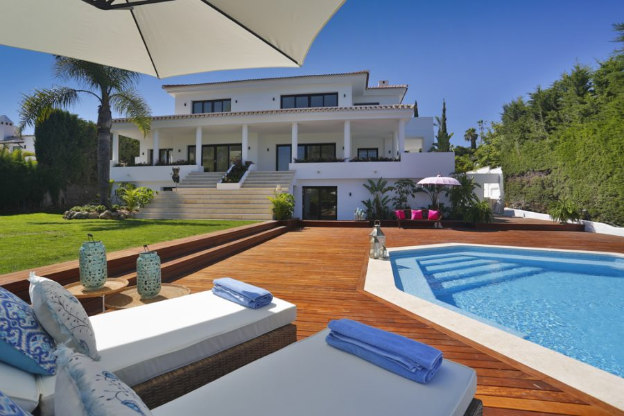 Golf sea villas marbella for sale