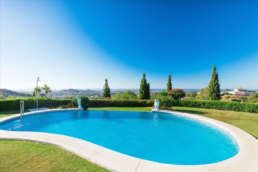 marbella villa foe sale sea view