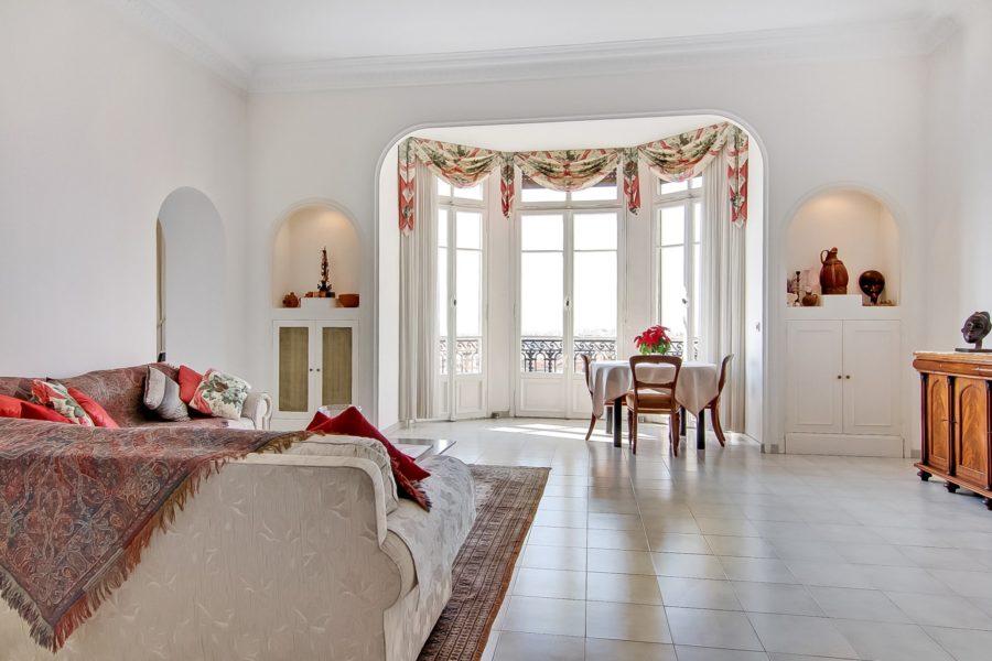 Appartement dans palais bourgeois à Nice