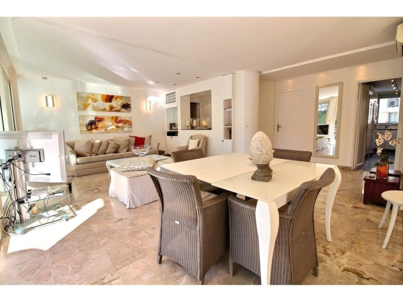 Cannes palm Beach apartment for sale