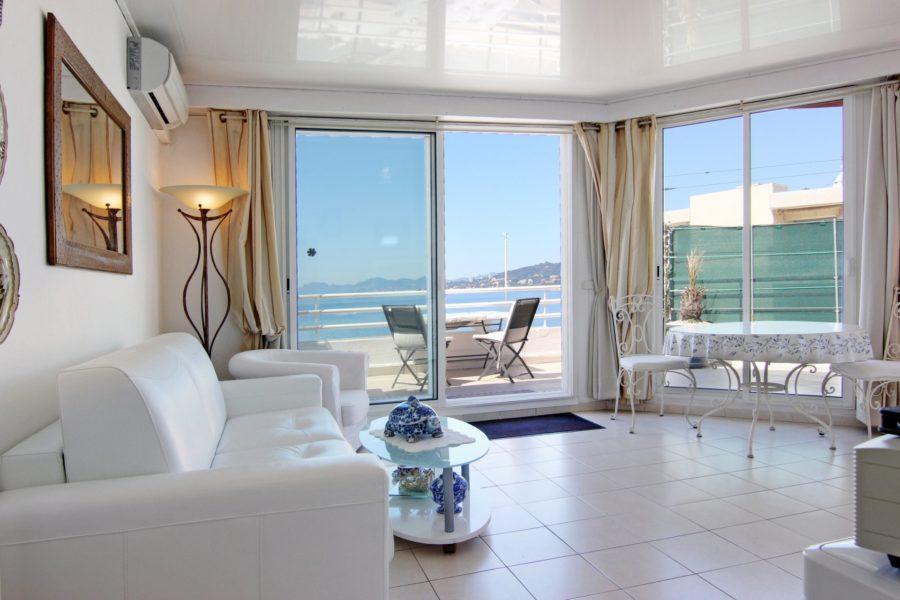 Appartement de 52 m2 au dernier étage à vendre!