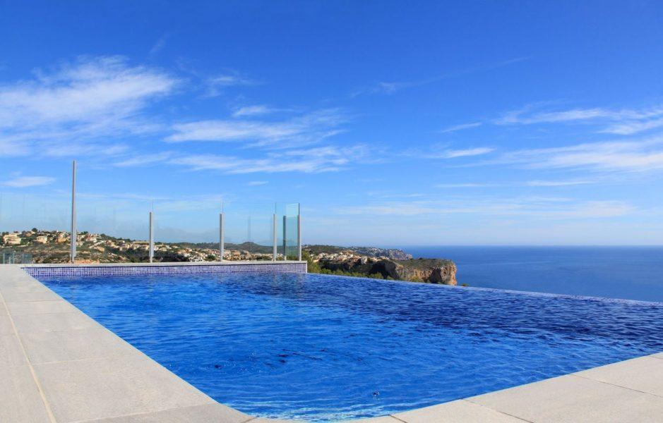Villa till salu i Cumbre del sol