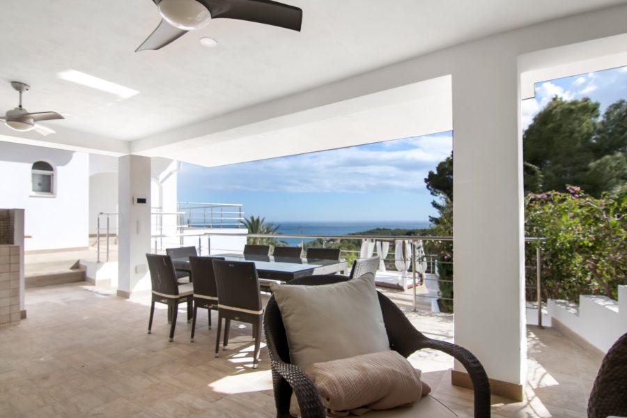 "Luxury villa with spectacular views to the sea and ""Peñón de Ifach"" rock"