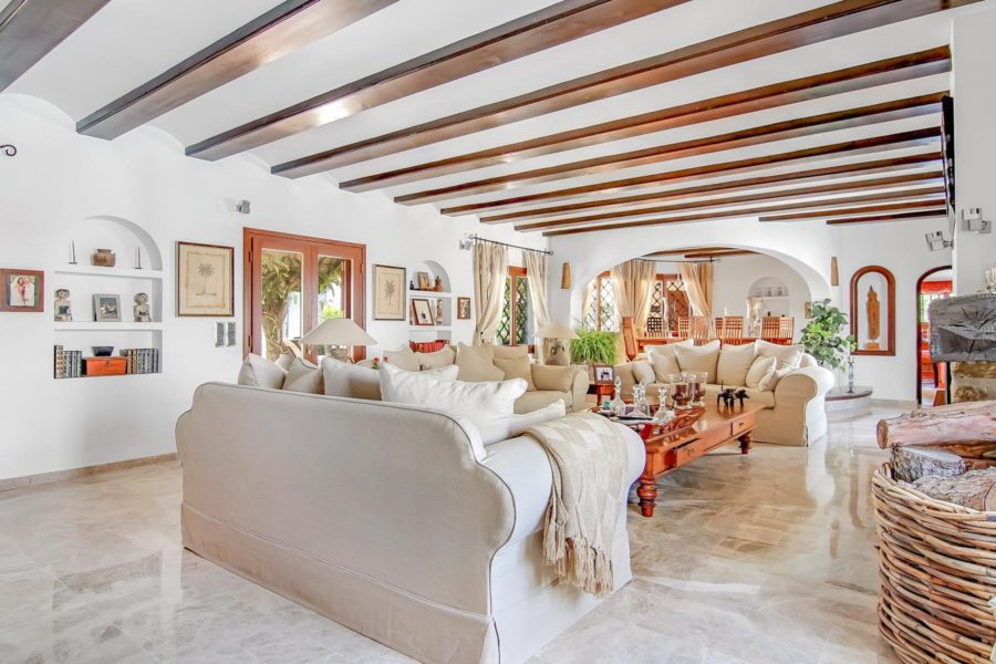 Stunning & Luxury villa with panoramic views for sale in Benissa