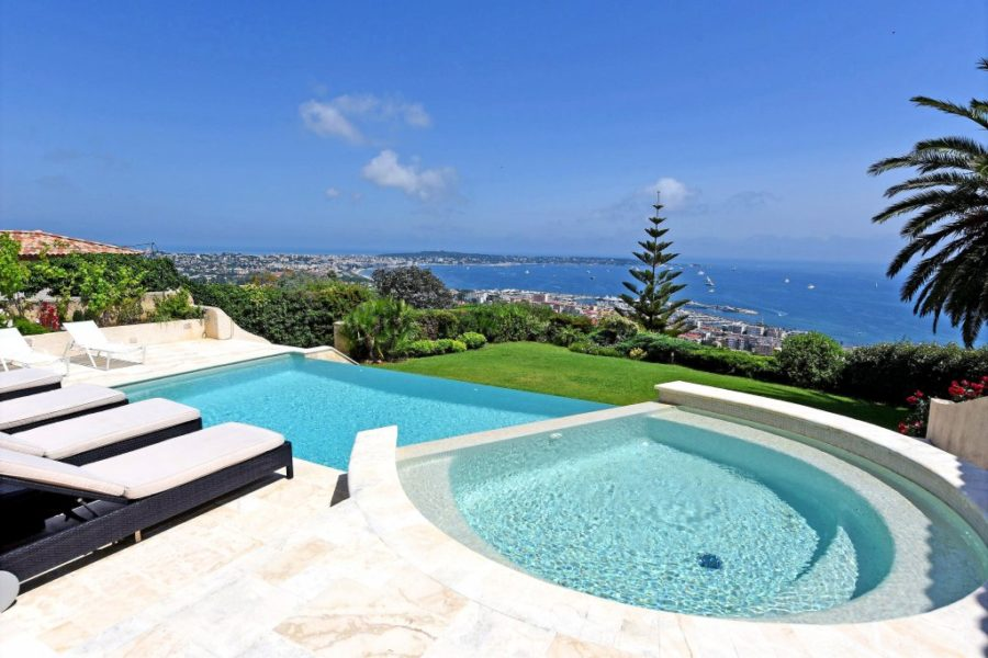 Villa med panoramautsikt - Vallauris