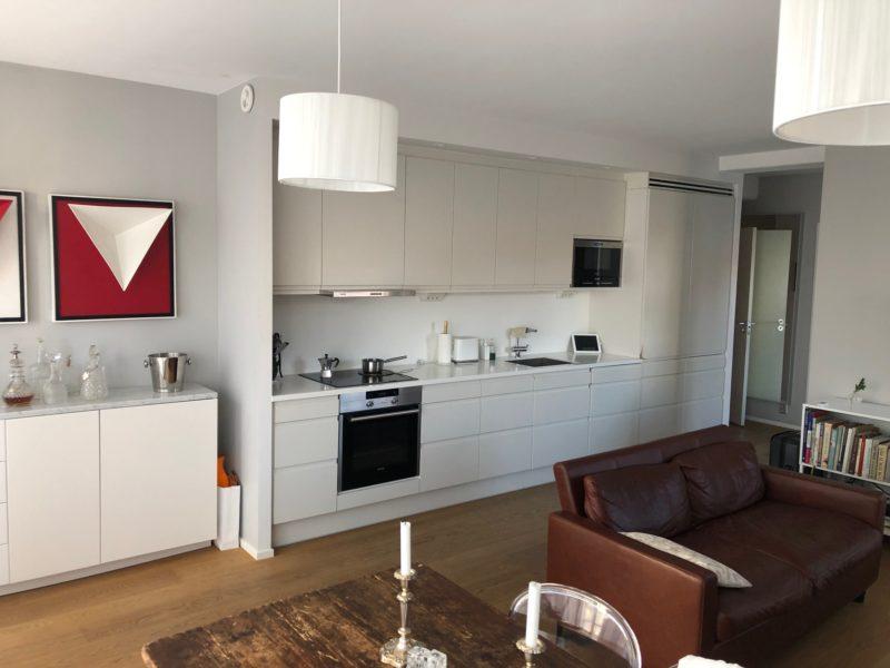 Modern representativ VIP lägenhet invid Gärdet